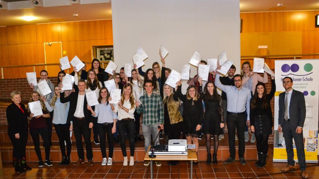 Absolventen der Kaufmännischen Berufsschule (Winterprüfung 2018)
