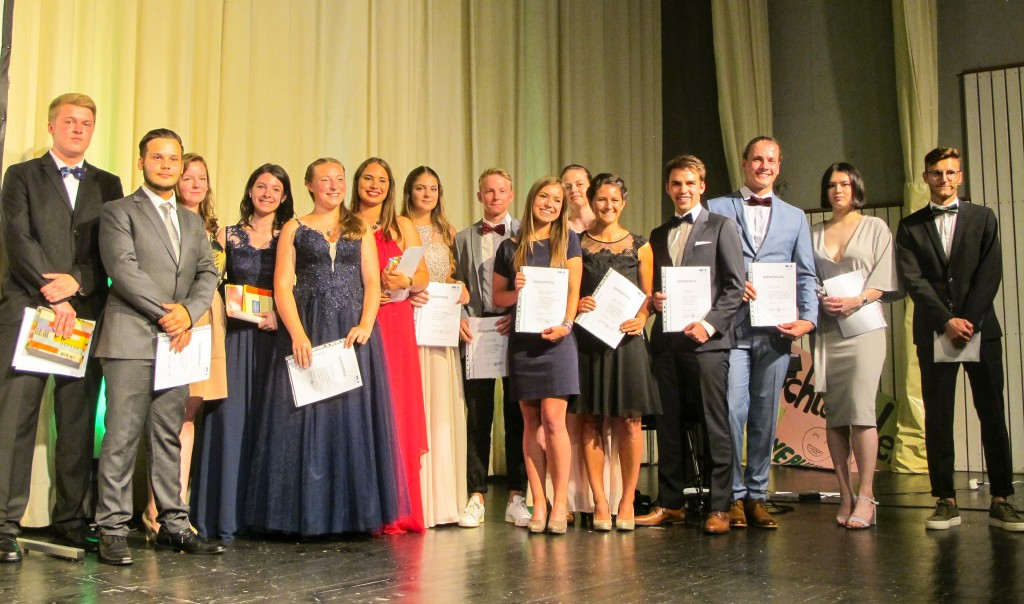 180723-Bild-Preistraeger II-Hugo-Eckener-Schule-Wirtschaftsgymnasium-2018