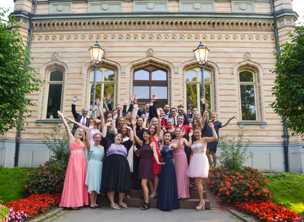 180724 Hugo Eckener Schule - Absolventen Fachschule Jubel